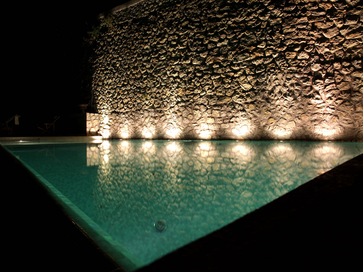 swimming-pool-lights-01